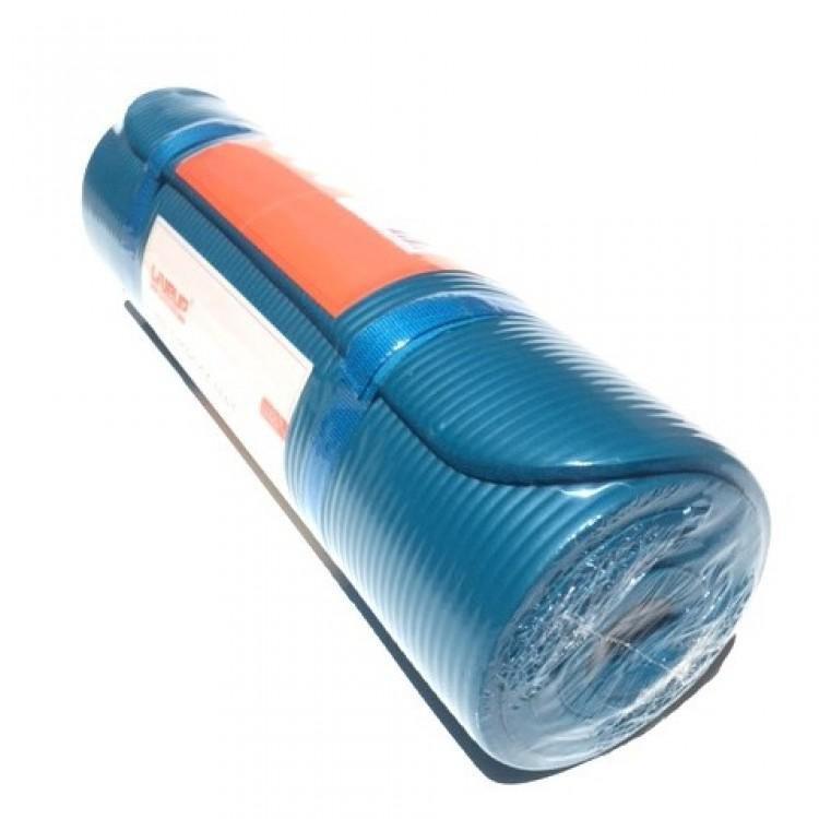 Modrá pěnová karimatka - délka 180 cm, šířka 61 cm a výška 1,2 cm