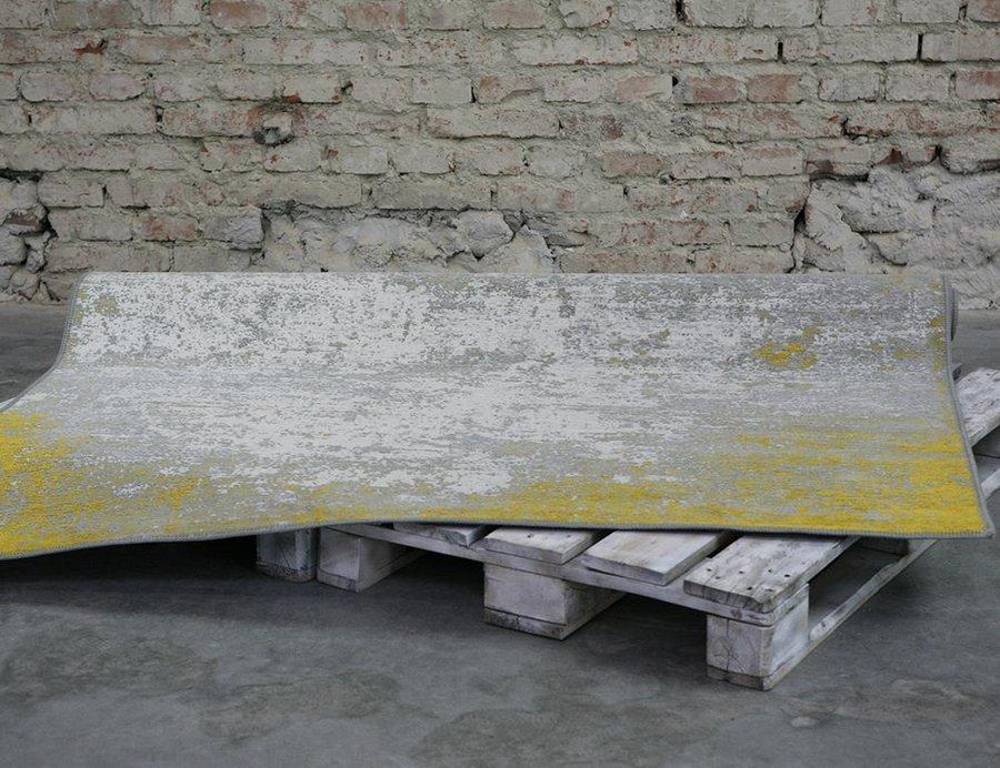 Šedo-žlutý kusový moderní koberec