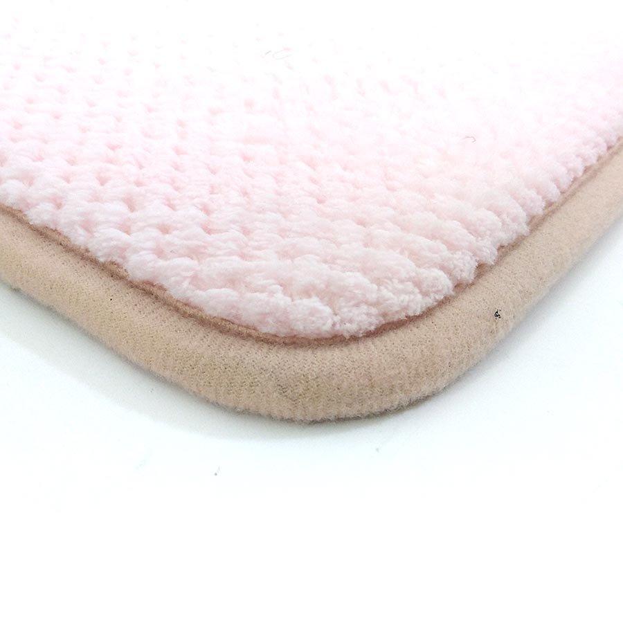 Růžová pěnová koupelnová předložka - délka 80 cm a šířka 50 cm