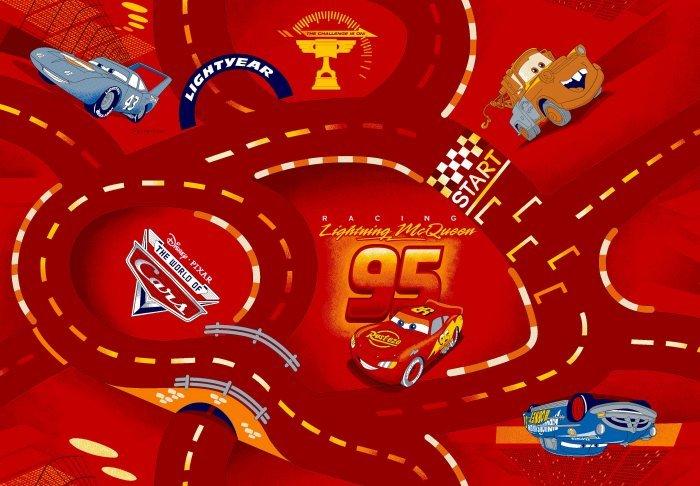 Červený kusový dětský koberec Auta červené - délka 120 cm a šířka 80 cm