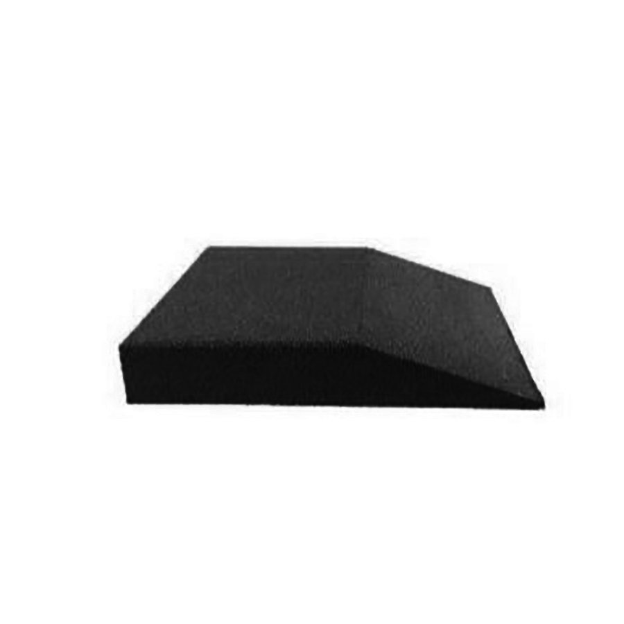 Černá gumová krajová deska (V90/R00) - délka 50 cm, šířka 50 cm a výška 9 cm