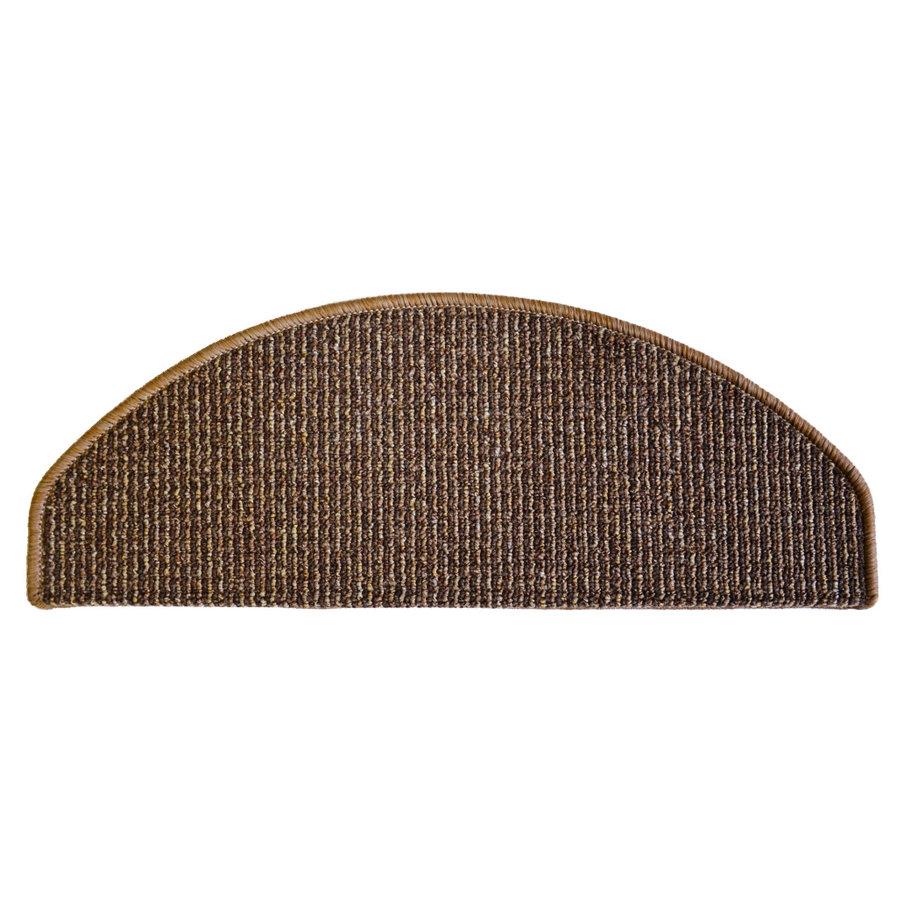 Hnědý kobercový půlkruhový nášlap na schody Barcelona - délka 65 cm a šířka 28 cm