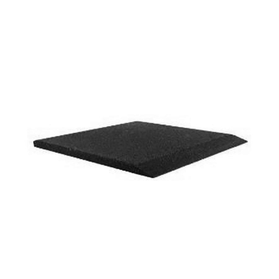 Černá gumová krajová deska (V50/R00) - délka 50 cm, šířka 50 cm a výška 5 cm