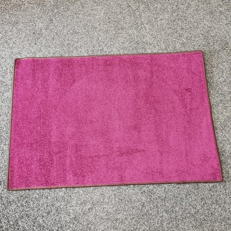 Vínový kusový koberec Eton - délka 200 cm a šířka 140 cm