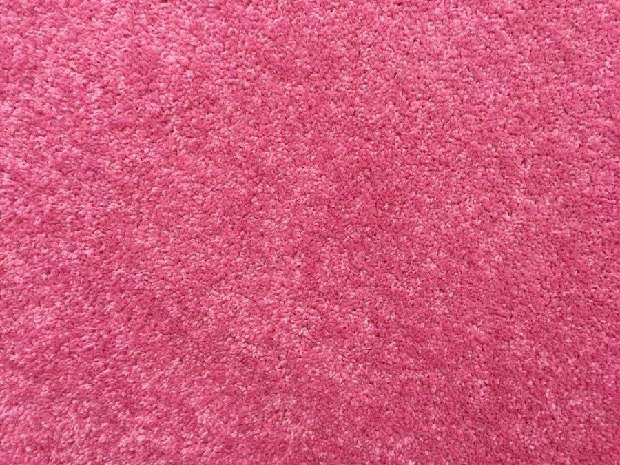 Růžový metrážový koberec Eton - šířka 400 cm
