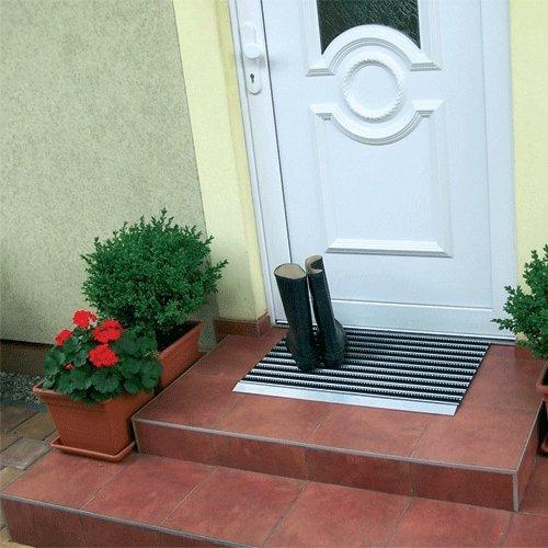 Černo-stříbrná hliníková čistící venkovní vstupní rohož - délka 80 cm, šířka 50 cm a výška 1,5 cm