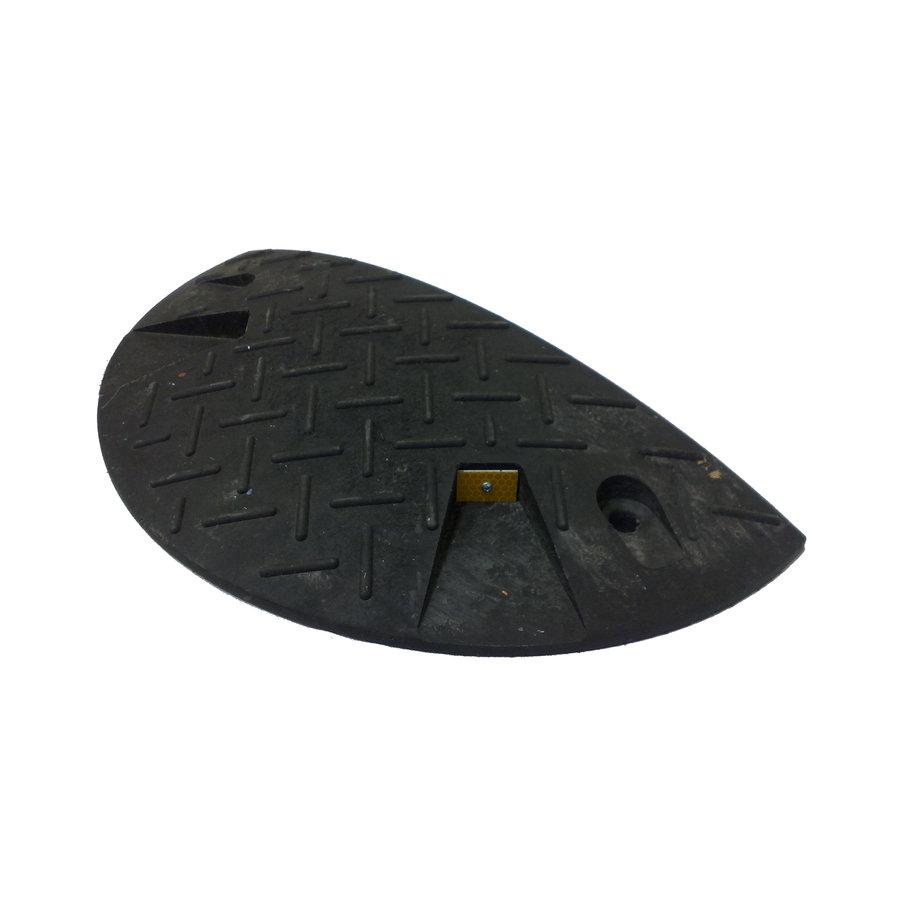 Černý plastový zpomalovací koncový práh - 20 km / hod