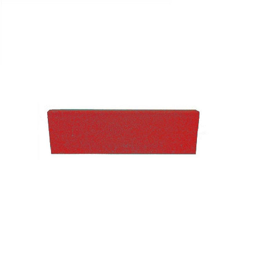 Červený rovný nájezd pro gumové dlaždice - délka 75 cm, šířka 30 cm a výška 2 cm