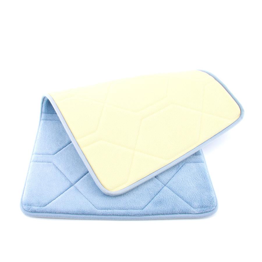 Modrá pěnová koupelnová předložka - délka 84 cm a šířka 53 cm
