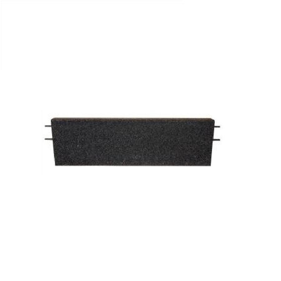 Černý rovný nájezd pro gumové dlaždice - délka 75 cm, šířka 30 cm a výška 3,5 cm