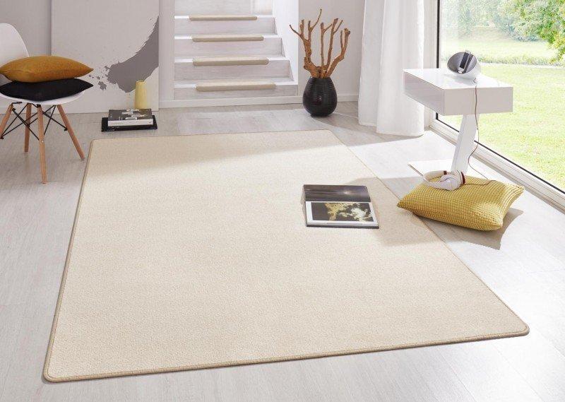 Béžový kusový koberec Fancy