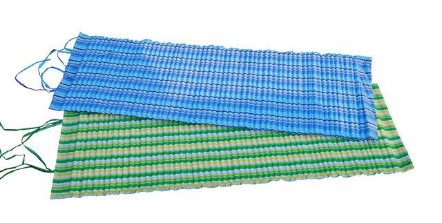 Modré plážové lehátko - délka 170 cm, šířka 55 cm a výška 1,5 cm