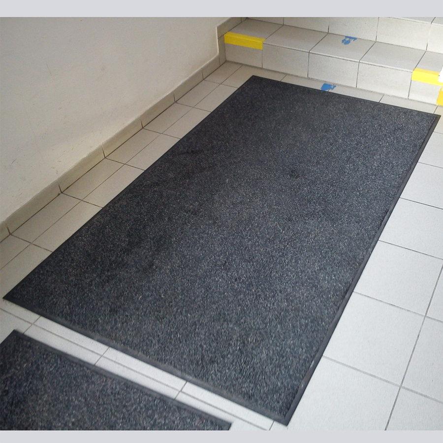 Antracitová textilní vstupní vnitřní čistící zátěžová rohož Magic - délka 300 cm, šířka 150 cm a výška 0,8 cm