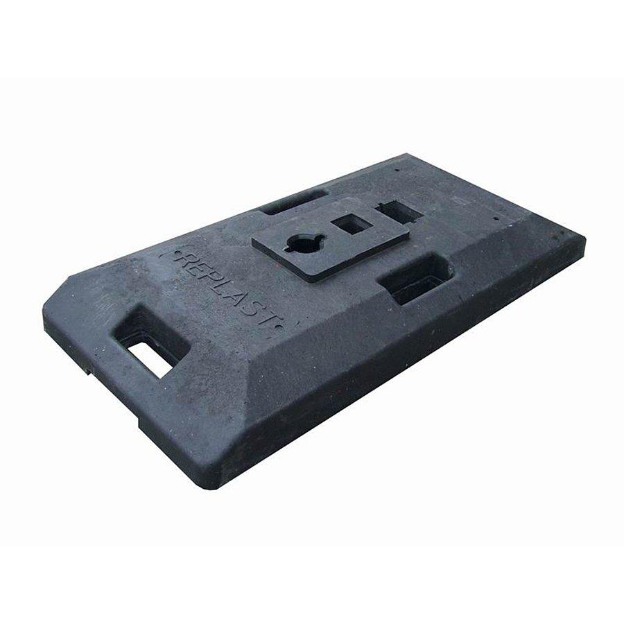 """Černý plastový podstavec """"CZ 1"""" pod dopravní značky - délka 85 cm, šířka 41 cm a výška 10 cm"""