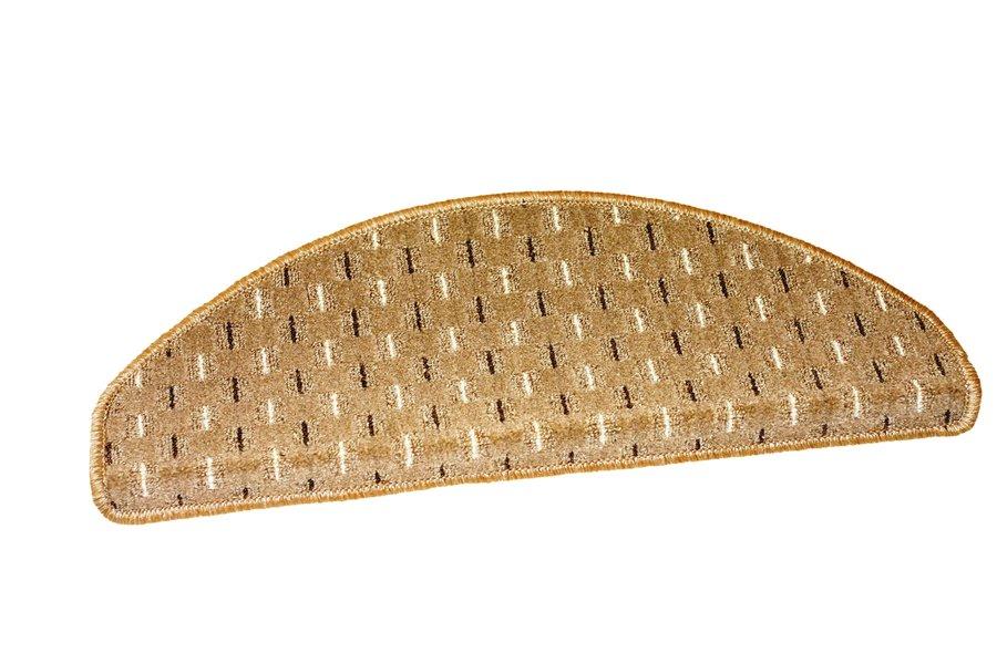 Béžový kobercový půlkruhový nášlap na schody Odessa - délka 28 cm a šířka 65 cm