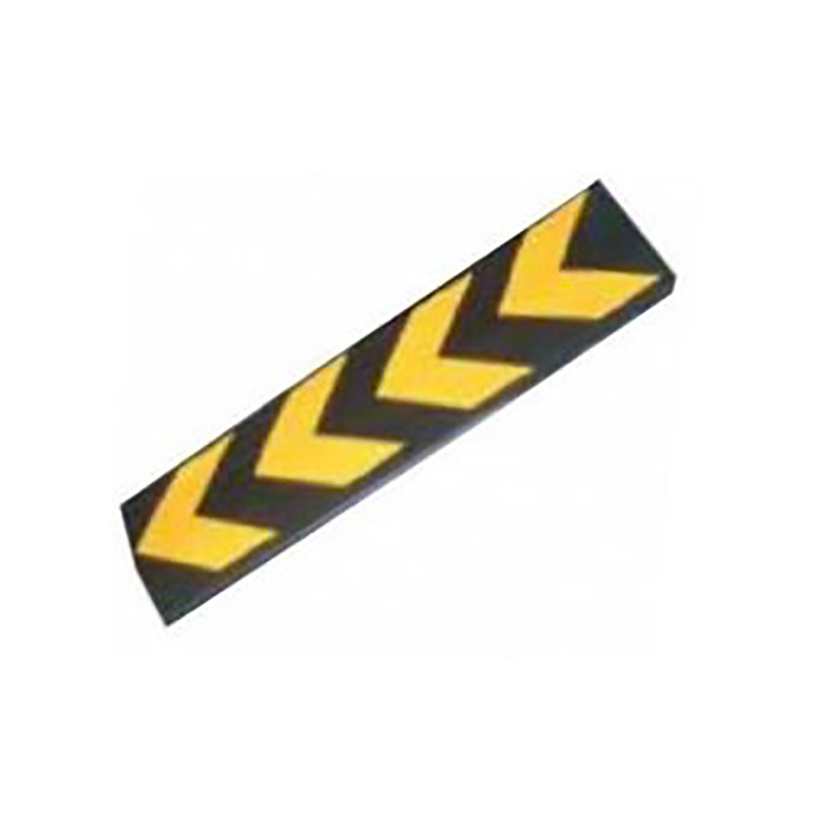 Černo-žlutý gumový reflexní pás na ochranu stěn - délka 80 cm, šířka 22 cm a tloušťka 1 cm