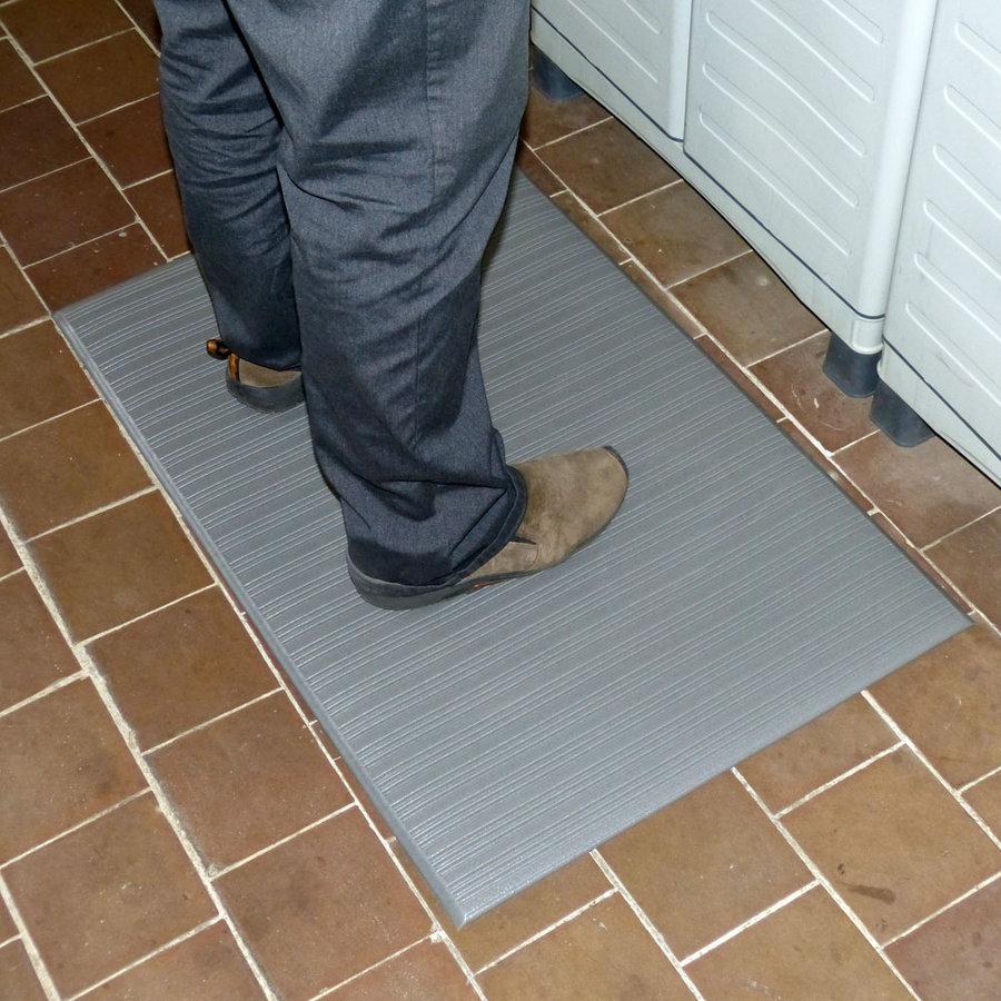 Šedá vinylová protiskluzová protiúnavová průmyslová rohož - výška 0,9 cm