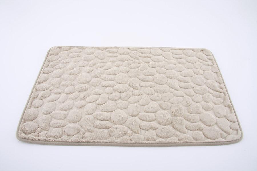Béžová pěnová koupelnová předložka - délka 80 cm a šířka 50 cm
