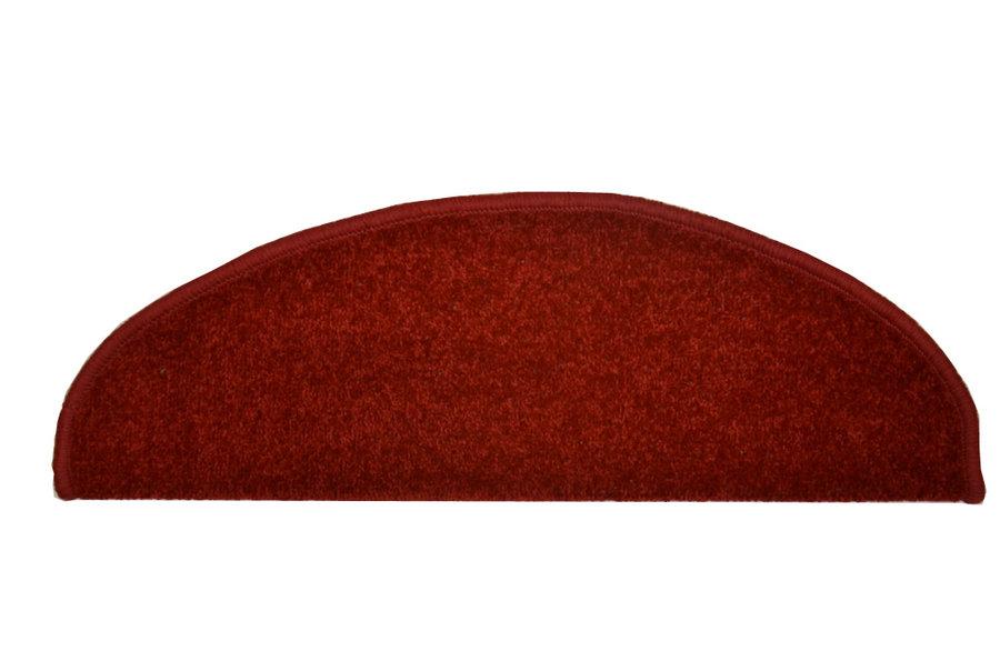 Vínový kobercový půlkruhový nášlap na schody Eton - délka 24 cm a šířka 65 cm