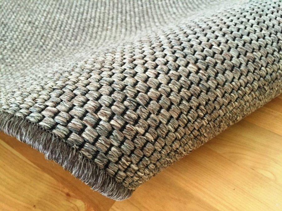 Hnědý kusový koberec Nature - délka 150 cm a šířka 80 cm