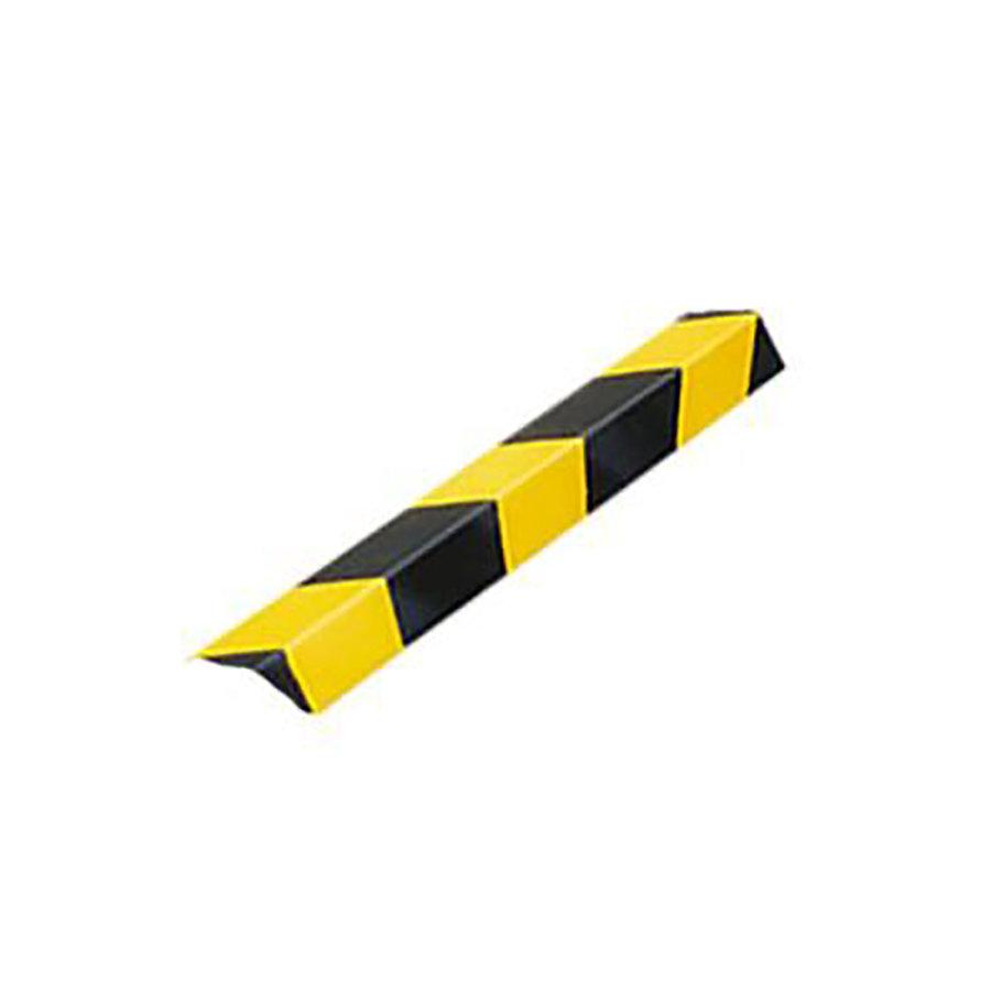 Černo-žlutý pozinkovaný reflexní roh na ochranu stěn - délka 150 cm, šířka 5 cm a tloušťka 0,55 cm