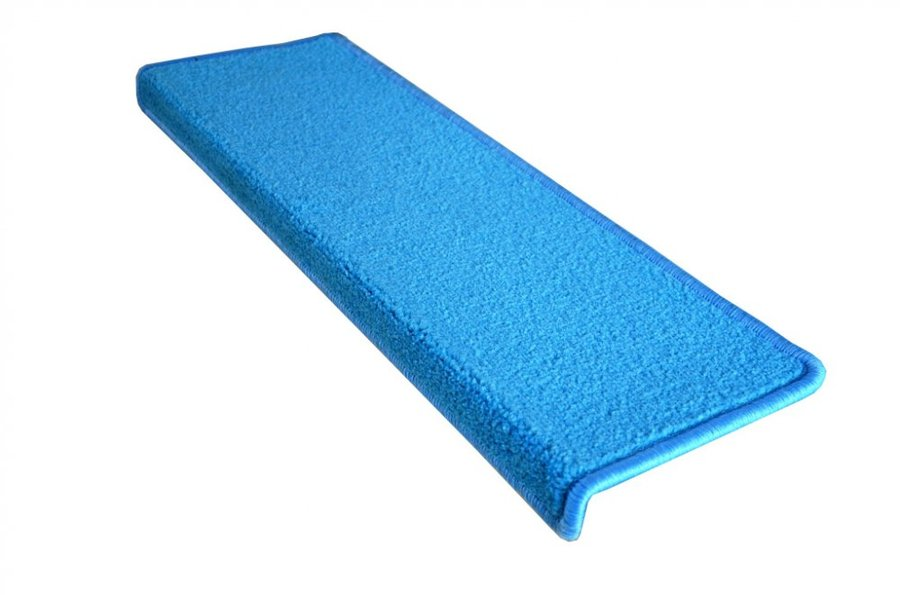 Modrý kobercový obdélníkový nášlap na schody Eton - délka 65 cm a šířka 24 cm