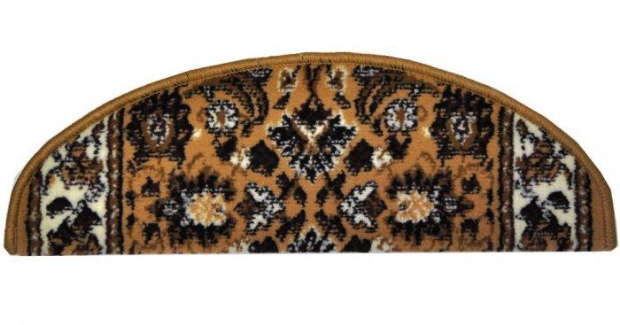 Béžový kobercový půlkruhový nášlap na schody Teheran - délka 65 cm a šířka 24 cm