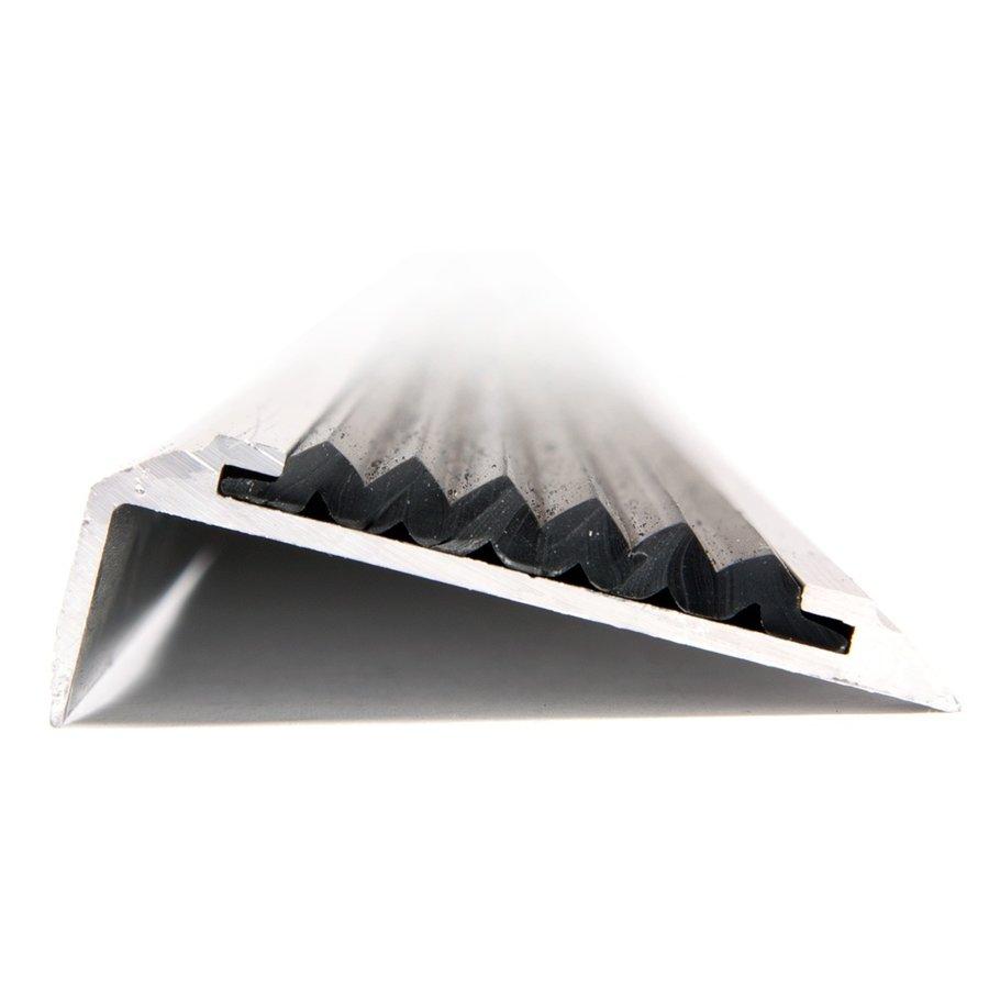 Černá hliníková schodová hrana s protiskluzovým páskem Antislip, FLOMA - délka 400 cm, šířka 5,3 cm a výška 2 cm