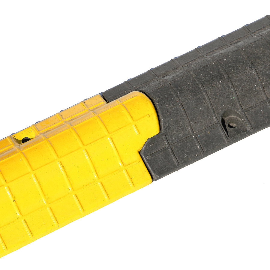 Černý plastový kabelový most - délka 80 cm, šířka 15 cm a výška 5,5 cm
