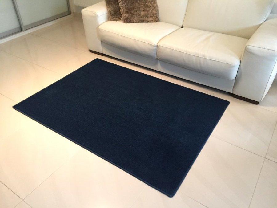Modrý kusový koberec Eton - délka 80 cm a šířka 50 cm