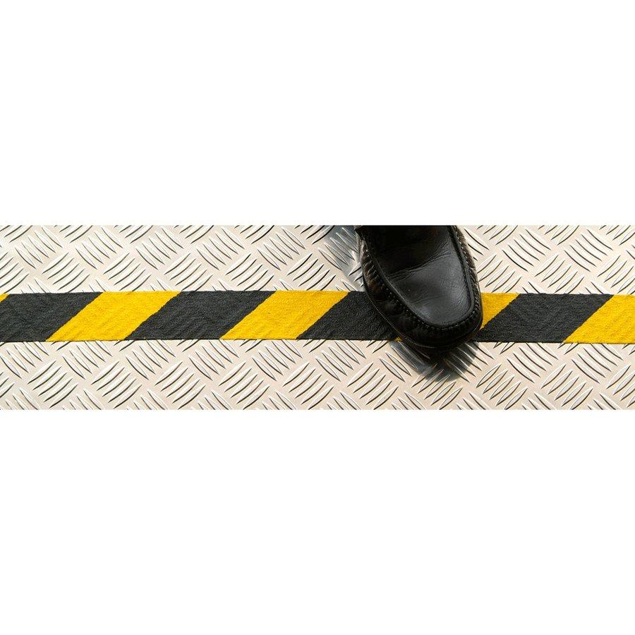 Černo-žlutá korundová protiskluzová páska pro nerovné povrchy - délka 18 m a šířka 5 cm