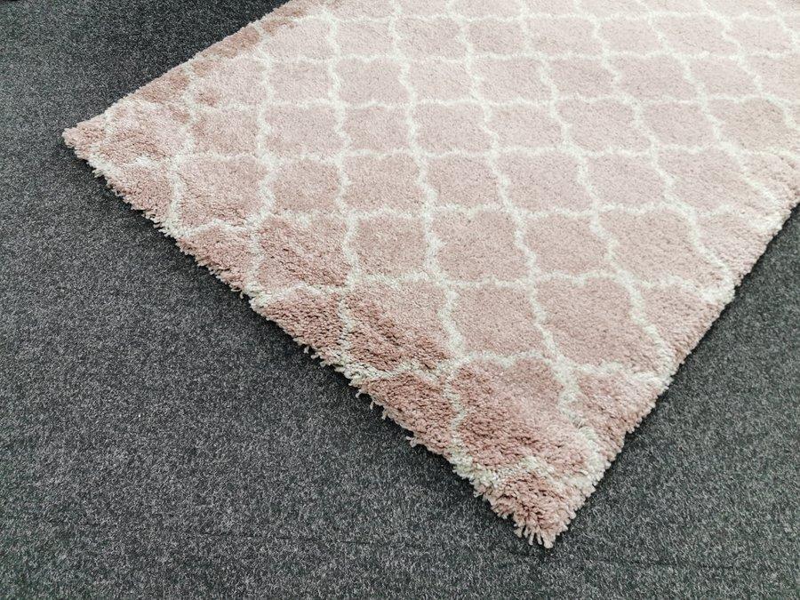 Růžový moderní kusový koberec Grace - délka 170 cm a šířka 120 cm