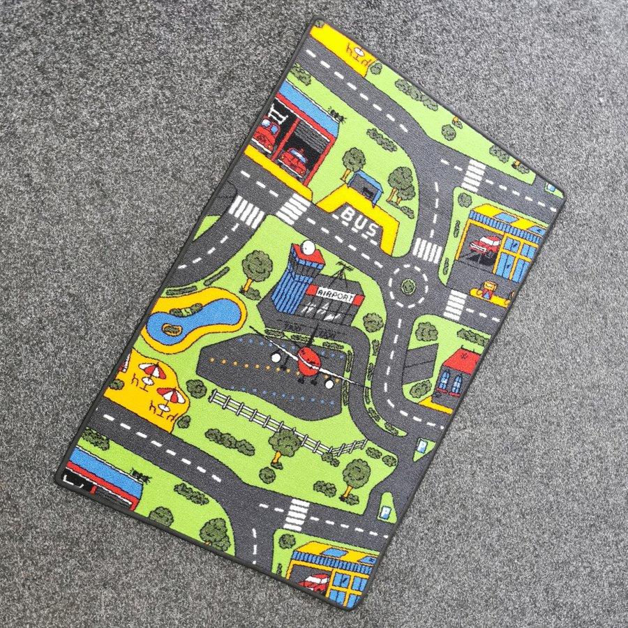 Různobarevný hrací kusový dětský koberec Město - délka 120 cm a šířka 80 cm