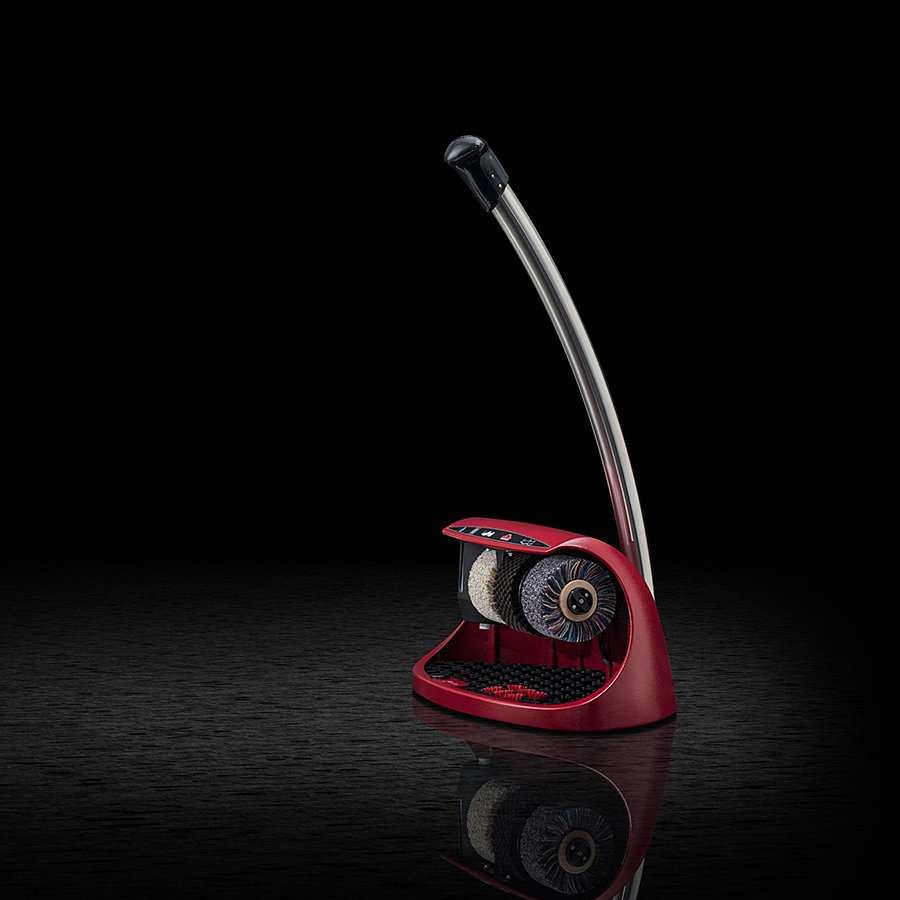 Červený čistič bot Cosmo plus, Heute