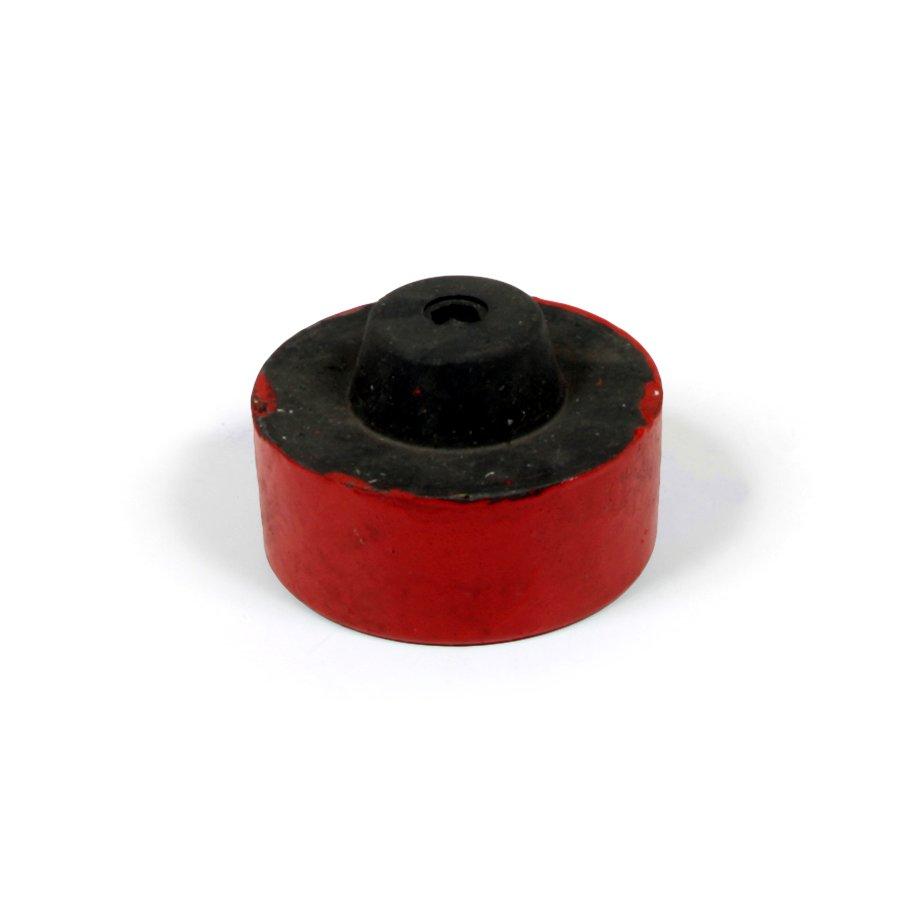 """Červená plastová koncovka """"samec"""" pro silniční obrubníky - délka 14,5 cm, šířka 14,5 cm a výška 6 cm"""