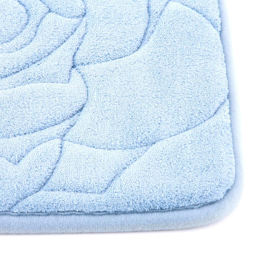 Modrá pěnová koupelnová předložka Flower - délka 80 cm a šířka 50 cm