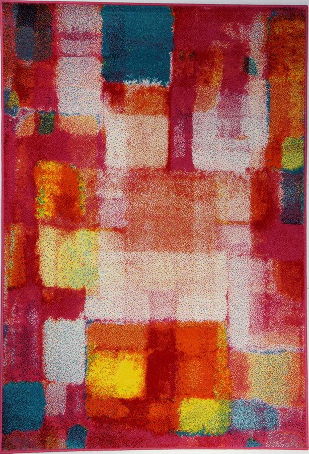 Červený kusový koberec