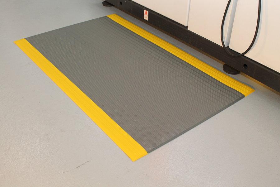 Šedo-žlutá průmyslová protiúnavová protiskluzová pěnová rohož - délka 18,3 m, šířka 120 cm a výška 0,9 cm