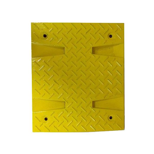 Žlutý plastový průběžný zpomalovací práh - 30 km / hod