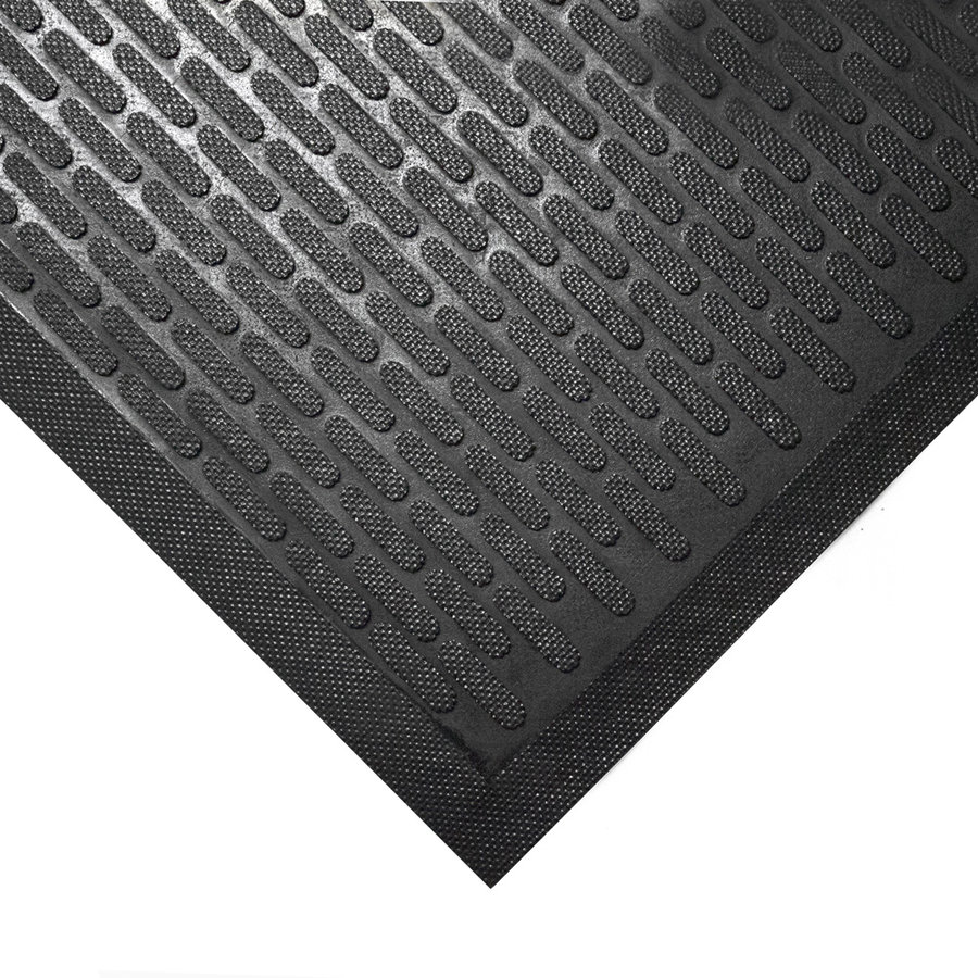 Černá gumová protiskluzová průmyslová rohož - výška 0,6 cm
