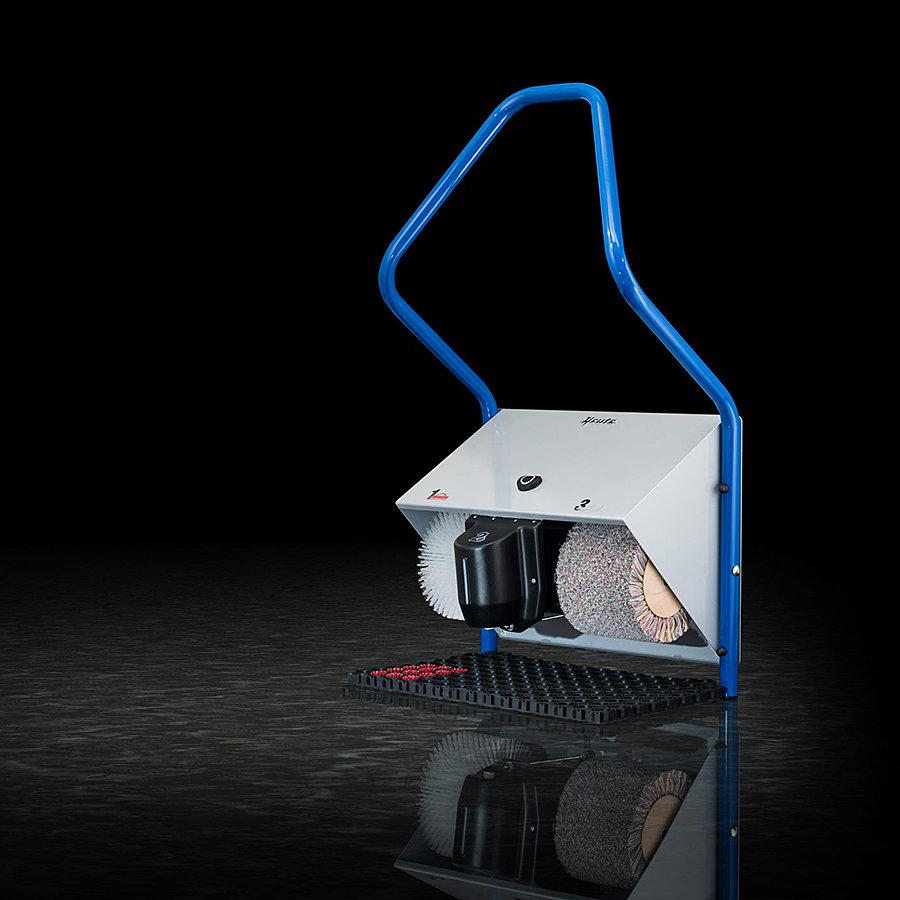 Modrý čistič bot Politec Solar, Heute