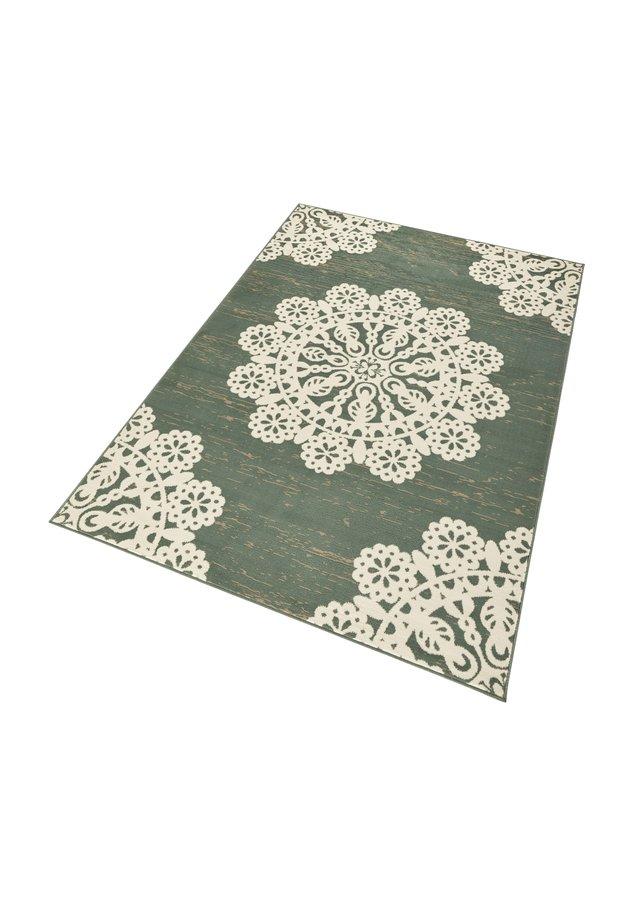 Zelený kusový moderní koberec Gloria