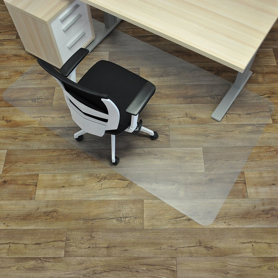 Čirá podložka na hladké povrchy pod židli - délka 183 cm, šířka 120 cm a výška 0,15 cm