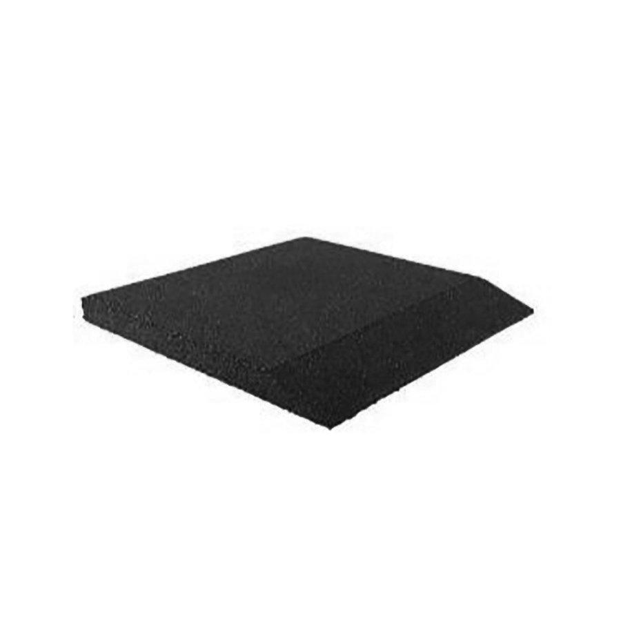 Černá gumová krajová deska (V55/R00) - délka 50 cm, šířka 50 cm a výška 5,5 cm