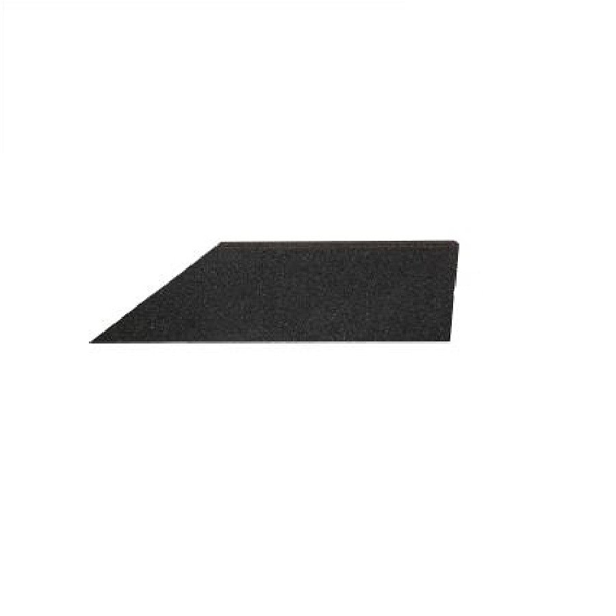 Černý pravý nájezd (roh) pro gumové dlaždice - délka 75 cm, šířka 30 cm a výška 2 cm