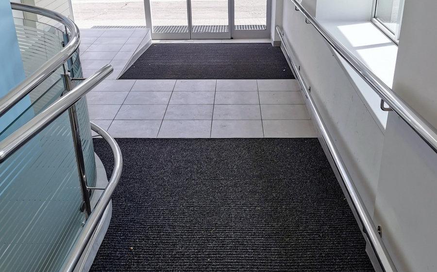 Podlahy a podlahové systémy